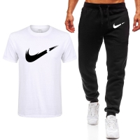 2019 Summer New Men's T-shirt Casual Suits gym Men's Clothing Man Sets Tops+Pants Male sweatshirt Men Brand T Shirt Set