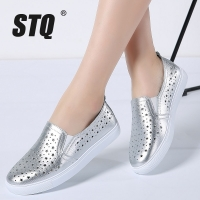 STQ 2020 Summer Women Flats Sneakers Ballet Flats Oxfords Shoes Slip On Loafers Casual Shoes Women White Silver Boat Shoes 6688