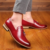 M-anxiu Luxury Brand PU Pointed Toe Business Brogue Shoes Men Dress Casual Soft Rubber Shoes Breathable Wedding Shoes 3 Colors