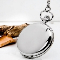 2019 Retro Fashion Silver Plain Steampunk Polish Quartz Pocket Watch Pendant Stainless Steel 4.5cm Chain Gift Box for Man Woman