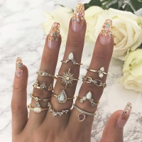 12 Pcs/set Bohemian Vintage Crown Water Drops Stars Geometric Crystal Ring Set Women Charm Joint Ring Party Wedding Jewelry Gift