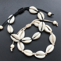 Hot Sale Handmade Natural Seashell Hand Knit Bracelet Shells Bracelets Women Accessories Beaded Strand Bracelet