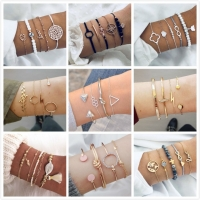 New 4pcs/Set Charm Romantic Pink Crystal Open Cuff Bangles Bead Bracelet Set For Women Gold Arrow Chain Bracelet Twist Bangle