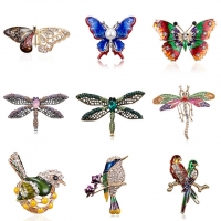 Alloy Purple Enamel Butterfly Bragonfly Bird Brooches Men And Women's Metal Rhinestone Insects Banquet Wedding Brooch Gifts