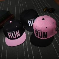 Family Kids Adult Run Embroidery Pink Black Women Men Hip Hop Caps Outdoor Hiking Hip Hop Hats Snapback Caps Bone Gorras BKX515
