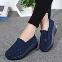 2019 Spring Women Shoes Platform Flats Sneakers Women Suede Leather Women Casual Shoes Slip On Flats Heels Creepers Moccasins