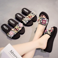 vertvie Casual Women Torridity  Slippers Fashion fasten  Heel Woman Flowers Pearls Shoes For Female Beach Slides Slipper