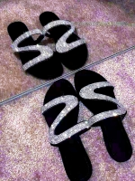 Summer New Women's Rhinestone Sandals Outdoor Ladies Sexy Beach Slides Female Fashion Diamond Bling Non-slip Slippers