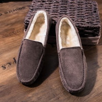 Suede Leather Loafers Mens Casual Boat Shoes Moccasins Hombre Footwear Winter Man Sneakers Slip on Footwear Male Adult Luxury