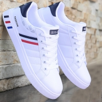 Men Sneakers Summer Breathable Krasovki Shoes Super Light Casual Shoes Male Tenis Masculino Sneakers